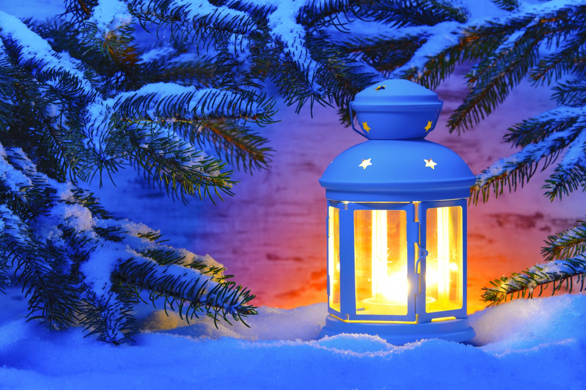 Magic Wallpaper Iphone X Lantern In The Snow Hd Wallpaper Background Image
