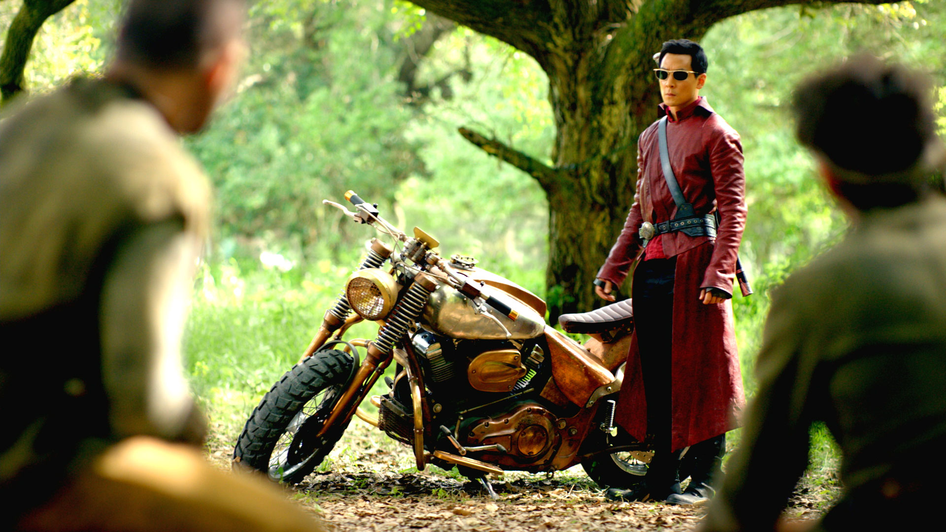 The Fall Bbc Wallpaper Video Extra Into The Badlands Sneak Peek Into The