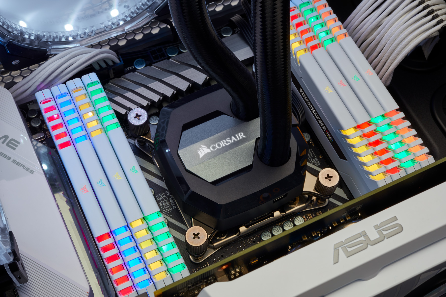 Corsair Rgb Corsair Weds Rgb Lighting And White Heat Spreaders In