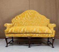 Queen Anne Sofa & Armchair - Antiques Atlas