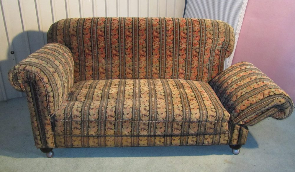 High Back High Arm Sofa A Late Victorian Good Quality Drop End Sofa - Antiques Atlas