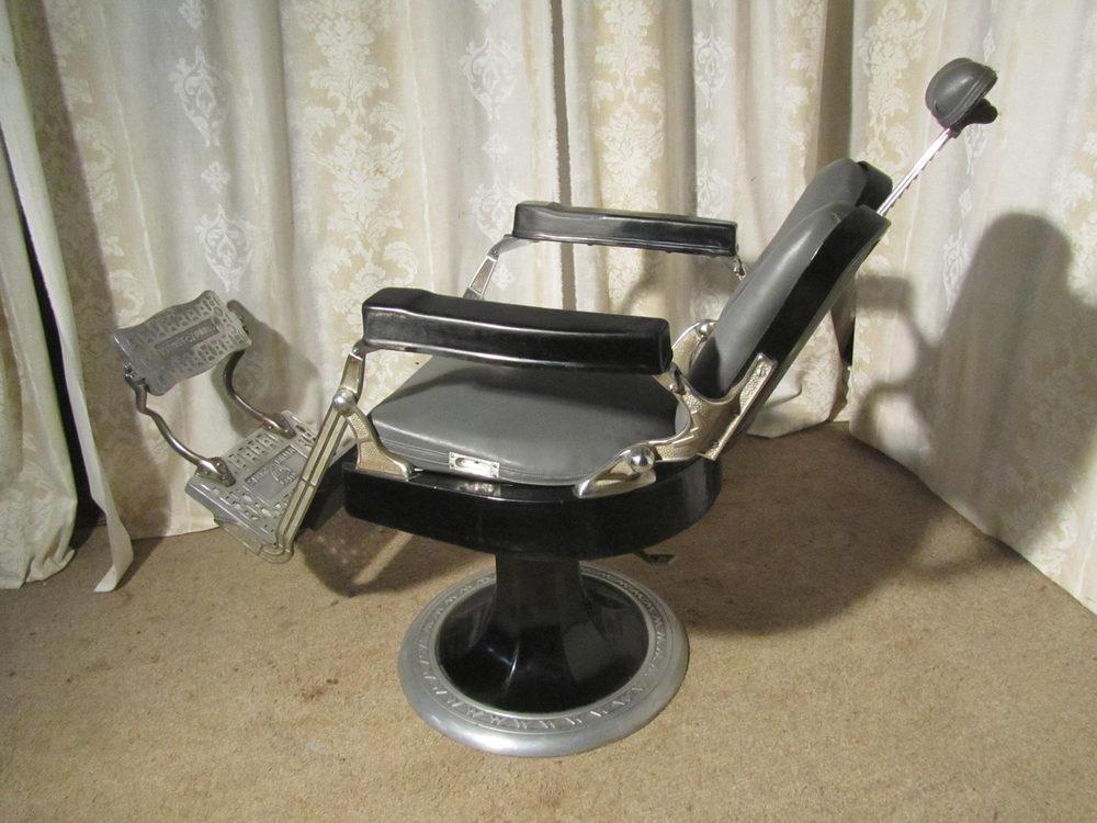 French Vintage Retro Vinyl Chrome Barbers Chair