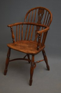 Early Victorian Yew Wood Windsor Chair - Antiques Atlas