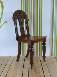 Gothic Hall Chair - Antiques Atlas