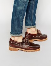 Timberland Classic Lug Boat Shoes - Brown