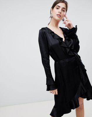 resume wrap dress
