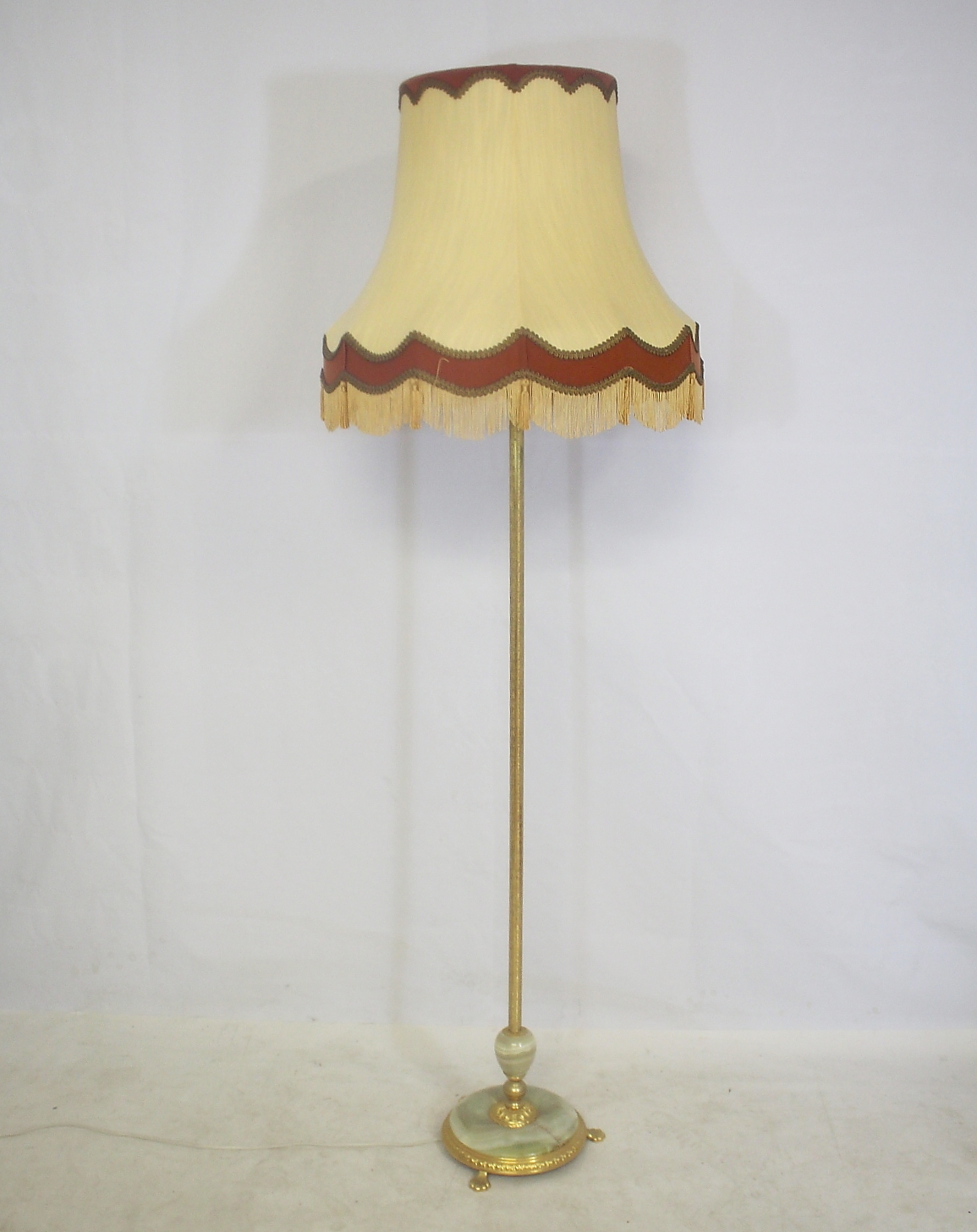 Marmortisch Gold Golvlampa Marmor Mässing Lighting Lamps Floor Lights Auctionet