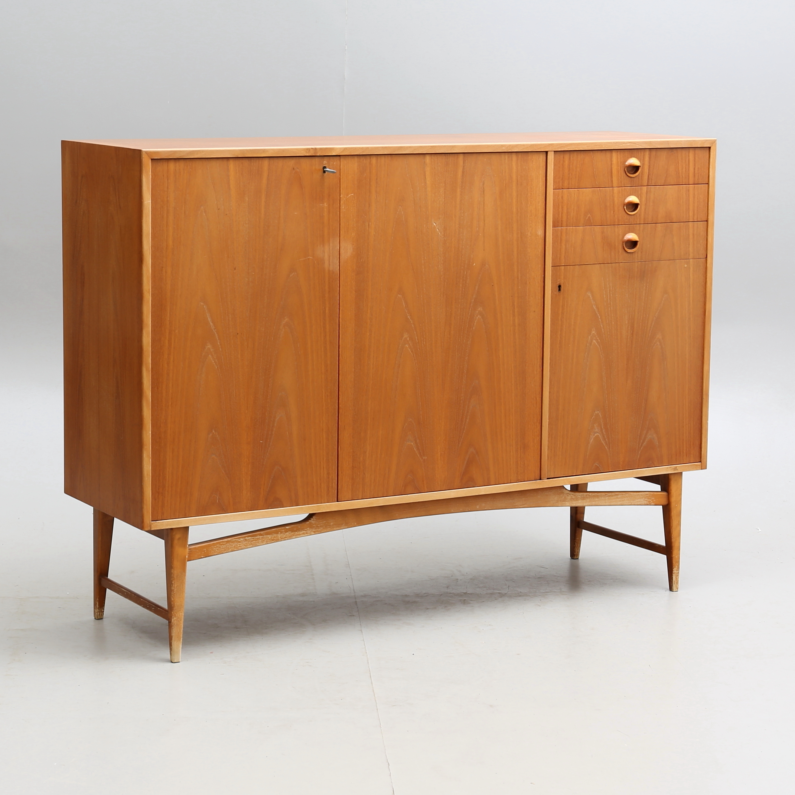 Sideboard Teak Around The Middle Of The 20th Century Furniture Cupboards Shelves Auctionet