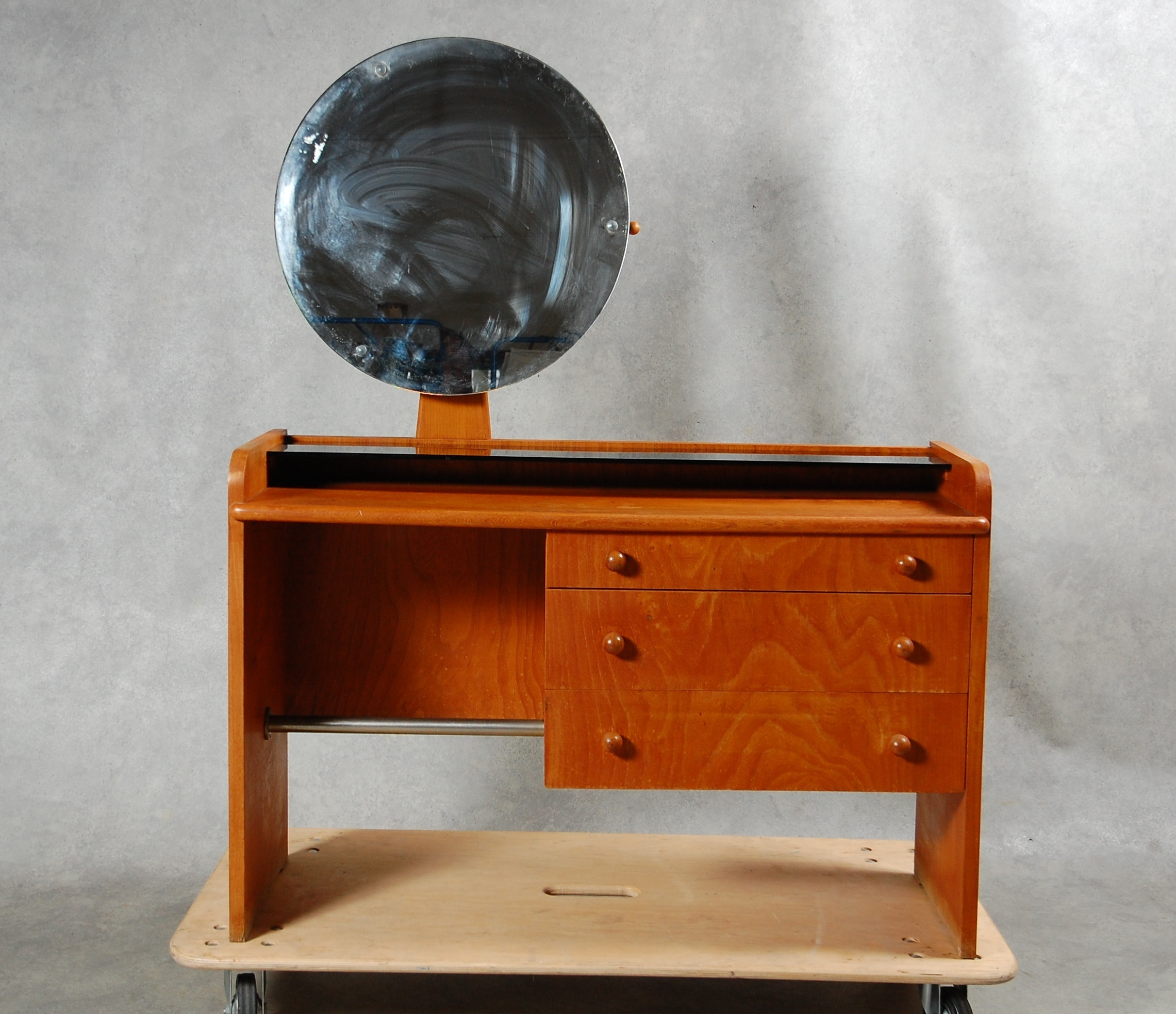 Art Deco Stil Toalettbord Art Deco Stil Furniture Tables Auctionet