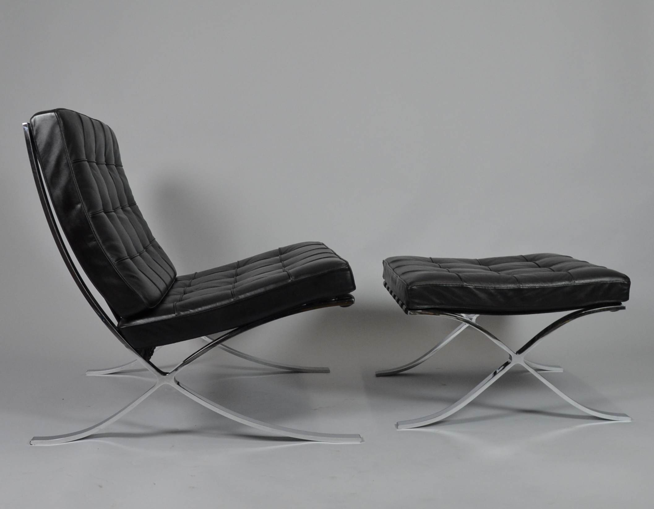 Knoll Sessel Gebraucht Ludwig Mies Van Der Rohe Barcelona Sessel Mit Ottomane Furniture