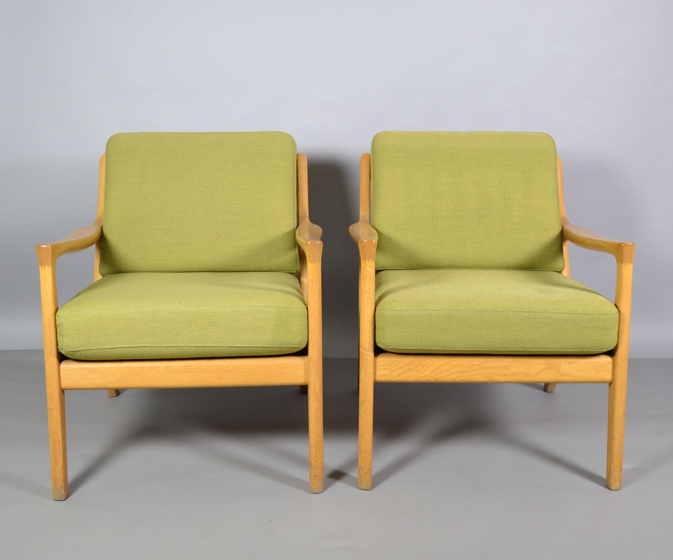 Dänische Sessel Zwei DÄnische Sessel Furniture Armchairs Chairs Auctionet