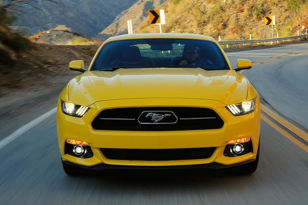 2015 Ford Mustang vs 2015 Dodge Challenger Which Is Better