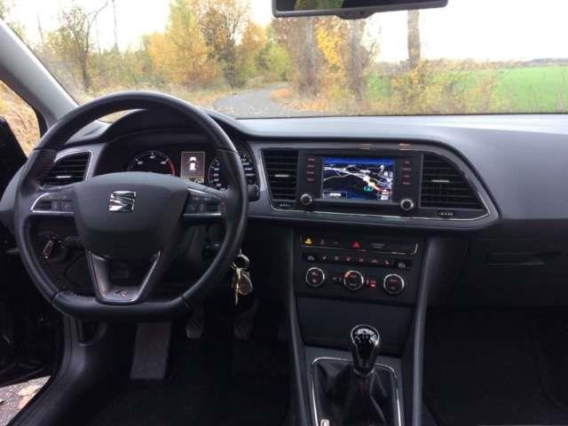 Sold Seat Leon Fr Navi Cerchi 18 Used Cars For Sale
