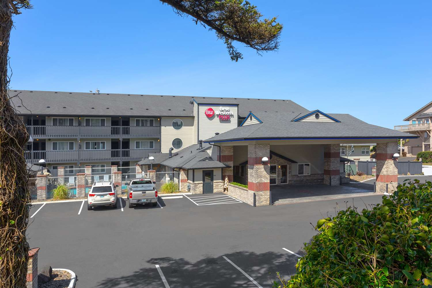 Hotel Lincoln Hotel In Lincoln City Or Best Western Plus Oceanfront Suites