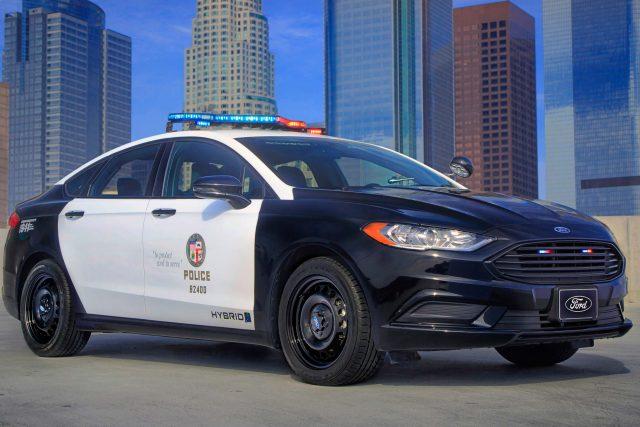 ford police responder hybrid sedan 2017 fusion 2nd gen usa photos