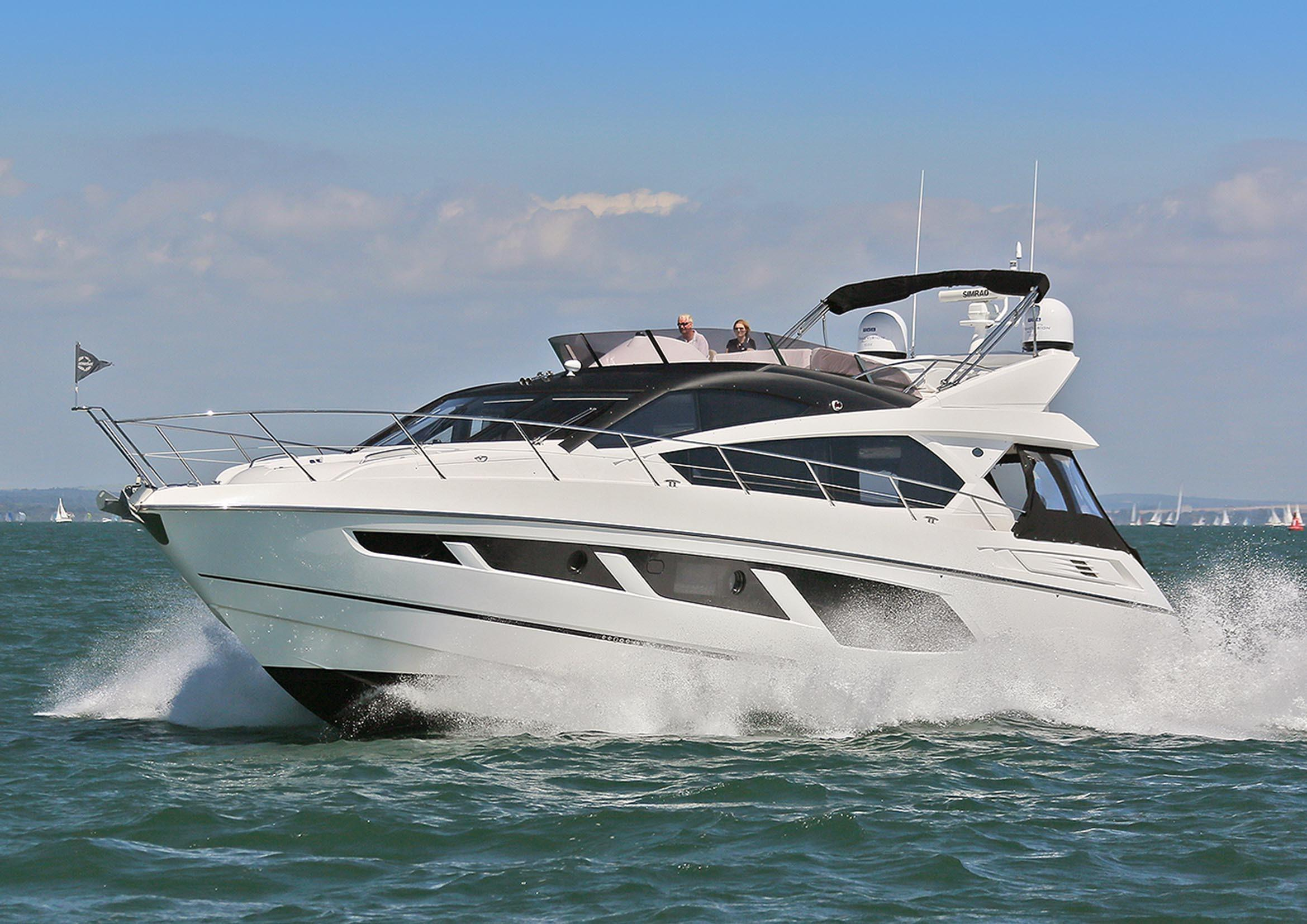 Station 66 Mediterrane Küche 2015 Sunseeker Manhattan 65 Lymington United Kingdom Boats