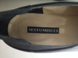 Meucci Work Low On Slip Leather Size 8 Womens Career Heel