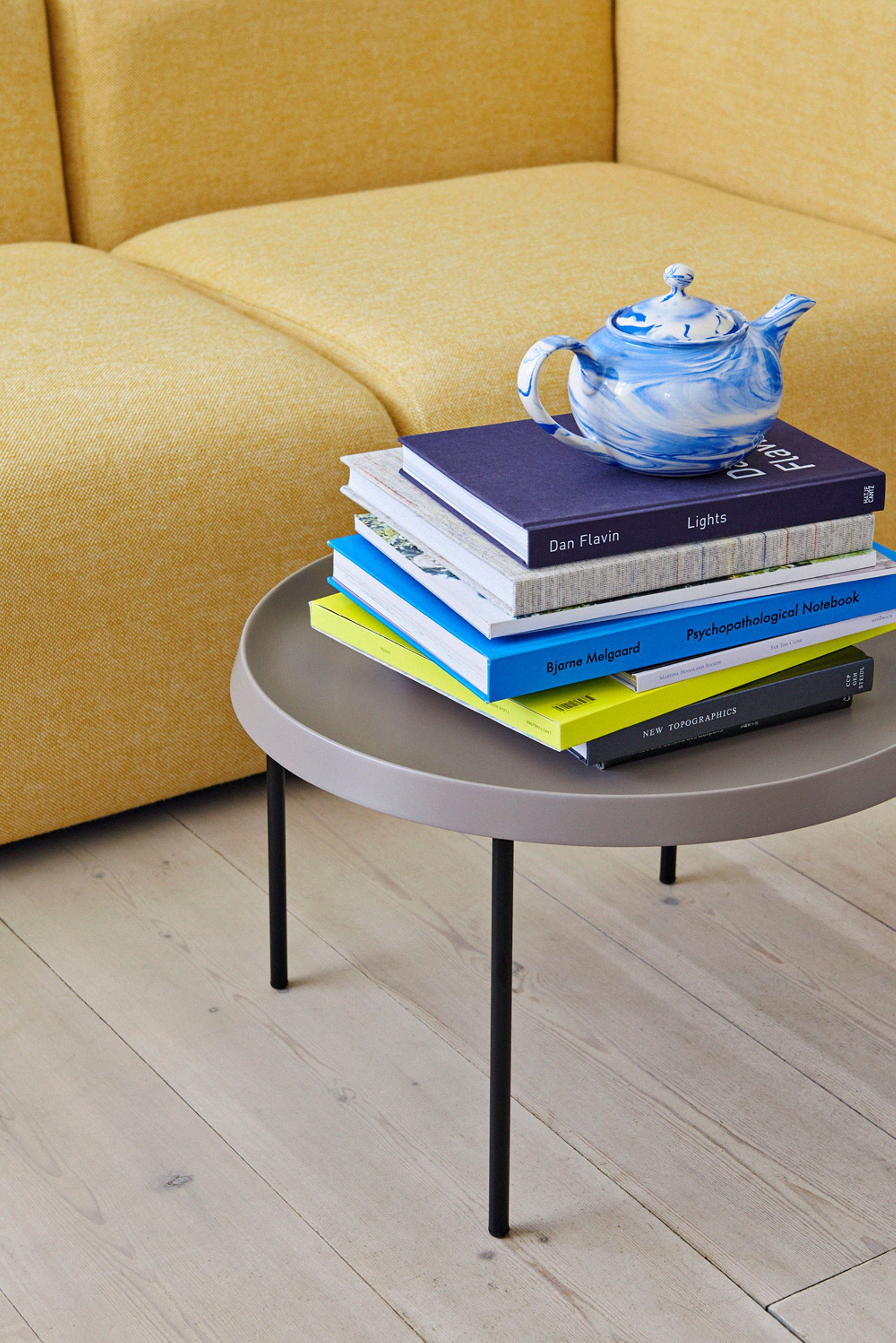 Tulou Coffee Table Couchtisch Hay