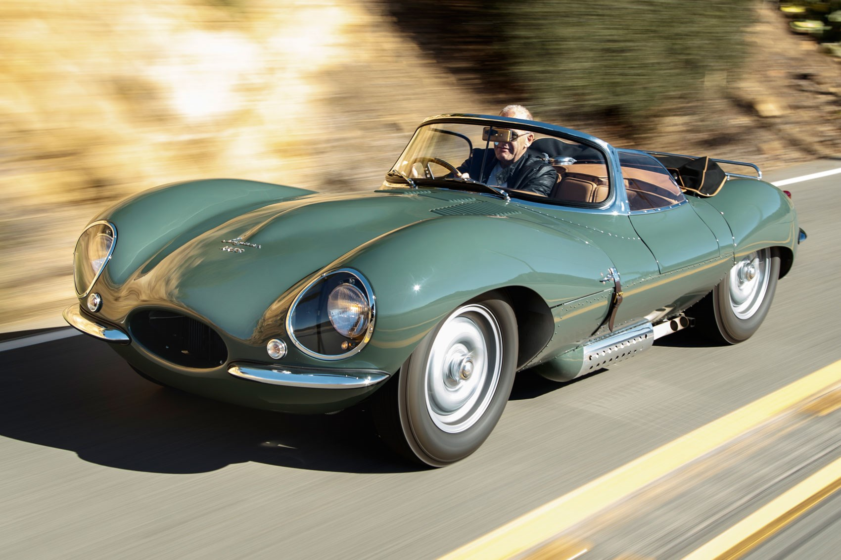 Jaguar Cars News Jaguar Goes Back To The Past Nine New Jaguar Xkss Road