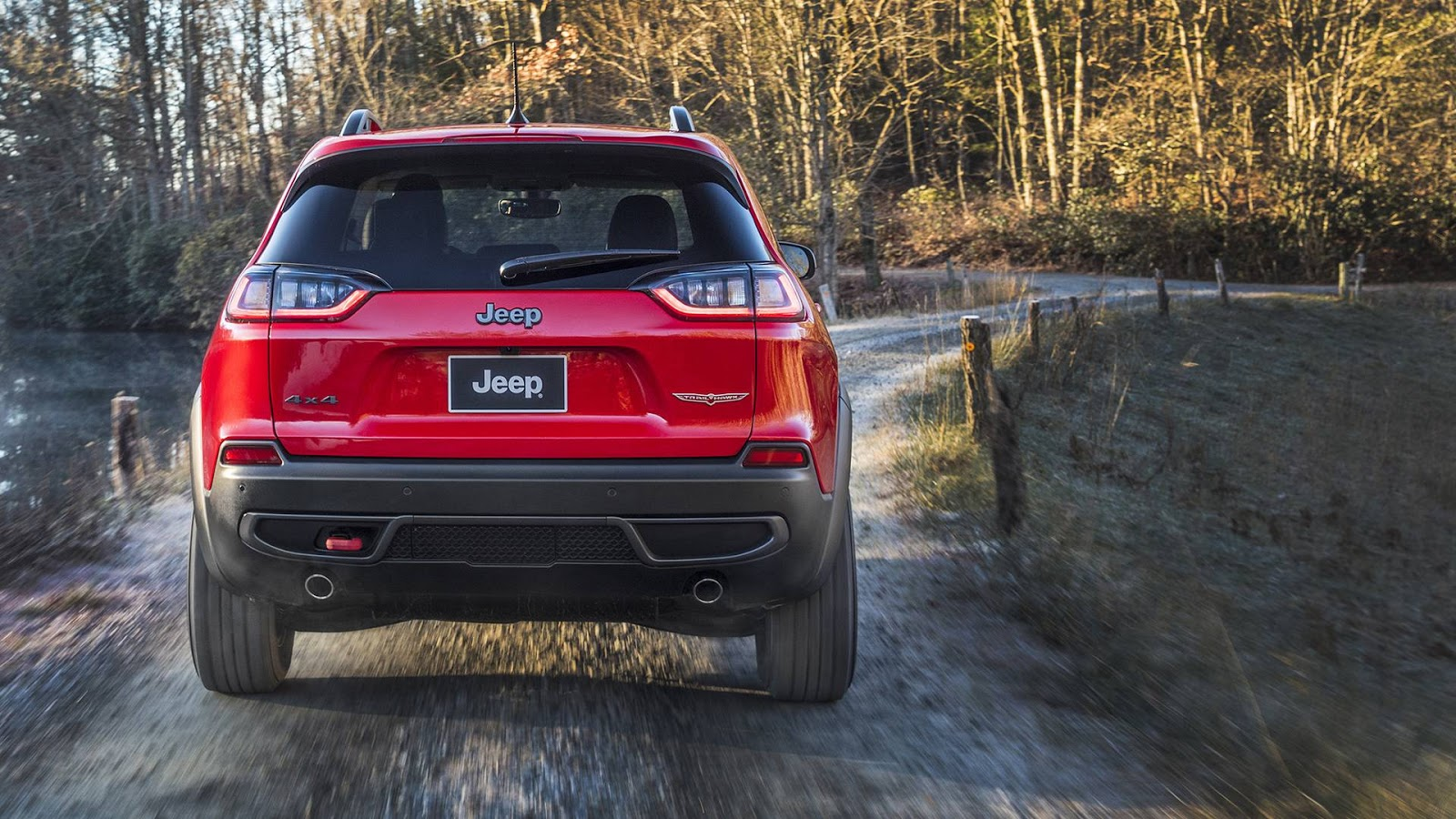 Bad Led Headlights 2019 Jeep Cherokee Premieres In Detroit With New Looks And