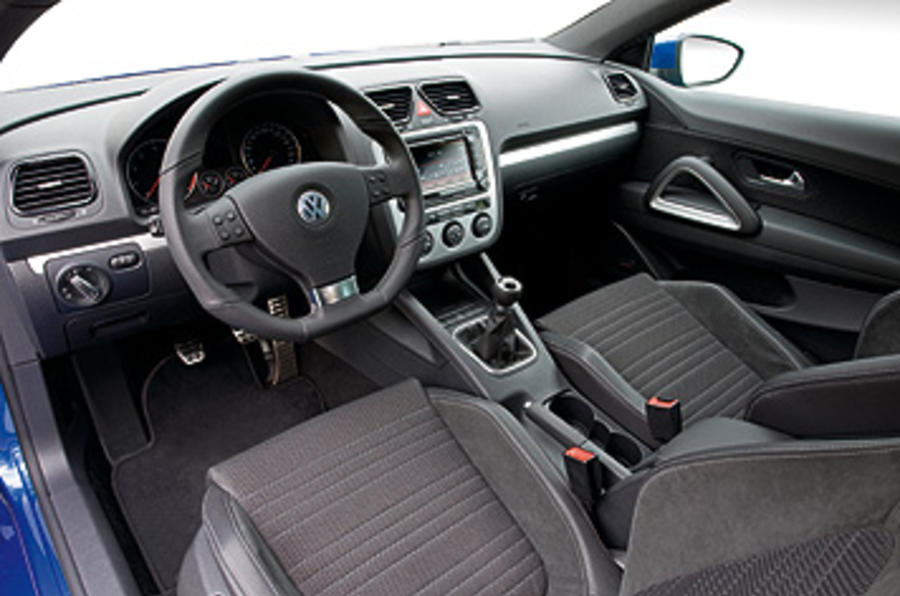 Vw Golf Interieur Volkswagen Scirocco 1.4 Tsi Review | Autocar