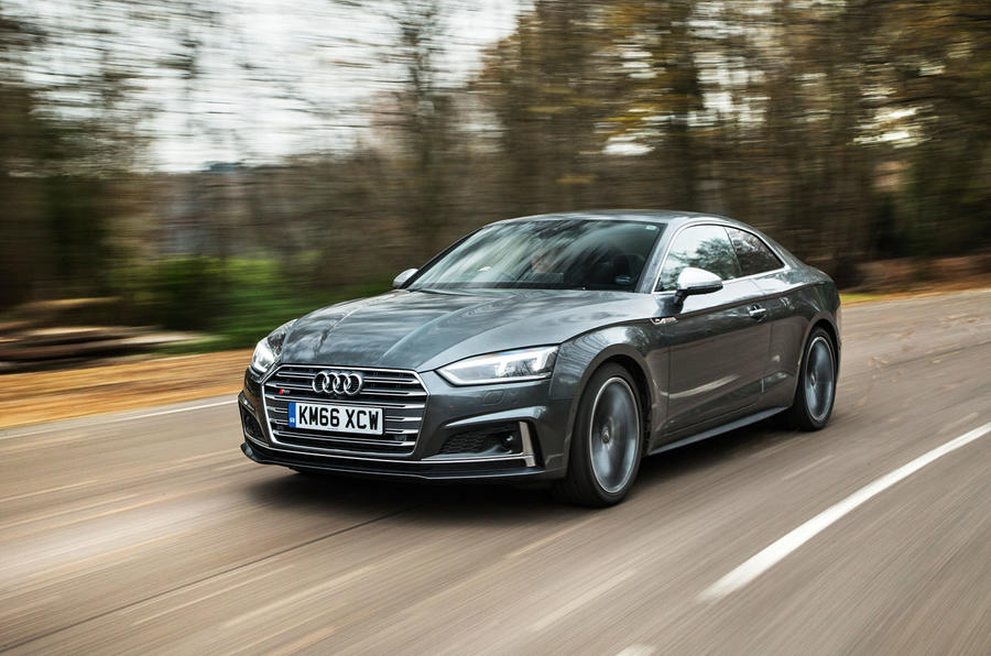 2018-Audi-RS5-front-angle-grille Audi Rs5 Price