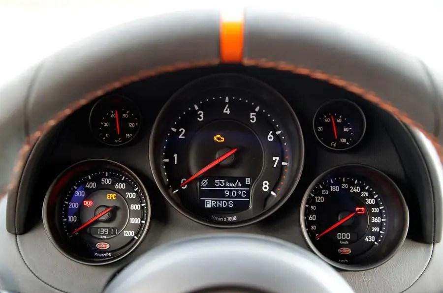 Bugatti Veyron Super Sport Hd Wallpaper Bugatti Veyron Interior Autocar