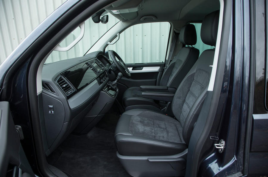 Shuttle With Car Seat Volkswagen Caravelle Design Styling Autocar