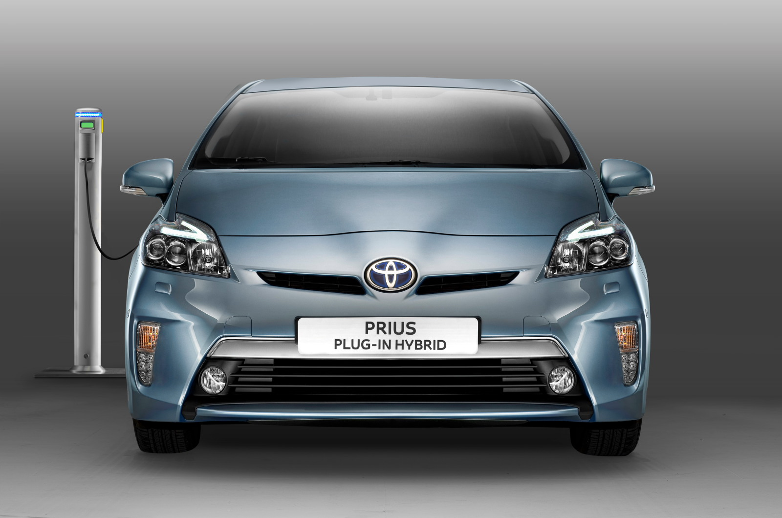 Electric Car Subsidy Uk Prius Plug In To Cost 31 000 Autocar