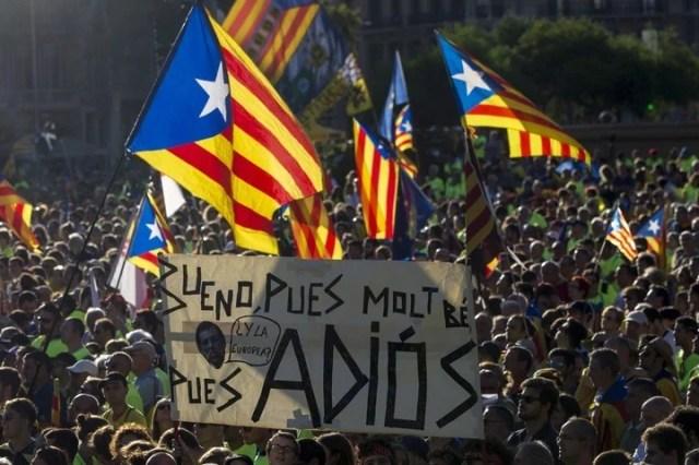 Masiva manifestación por la independencia de Cataluña