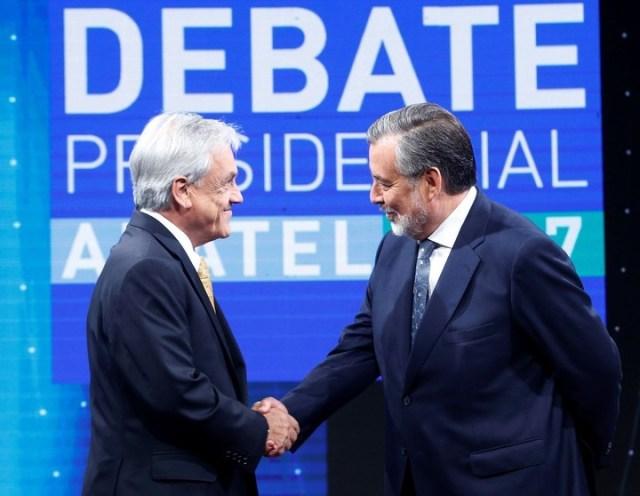 Elecciones en Chile: Sebastián Piñera y su rival Alejandro Guillier en un debate de alto voltaje a cinco días del balotaje