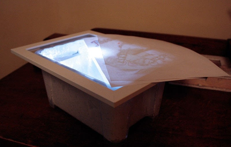 Cheap Light Box For Tracing How To Make A Light Box