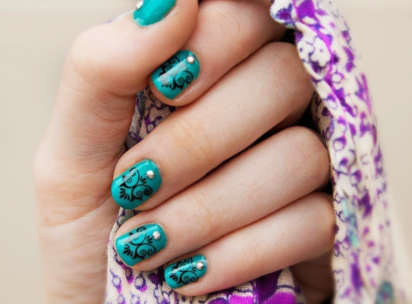 Royal Teal Manicure How To Paint A Nail Painting