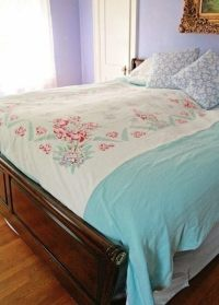 Diy Upcycled Vintage Tablecloth Duvet Cover  How To Make ...