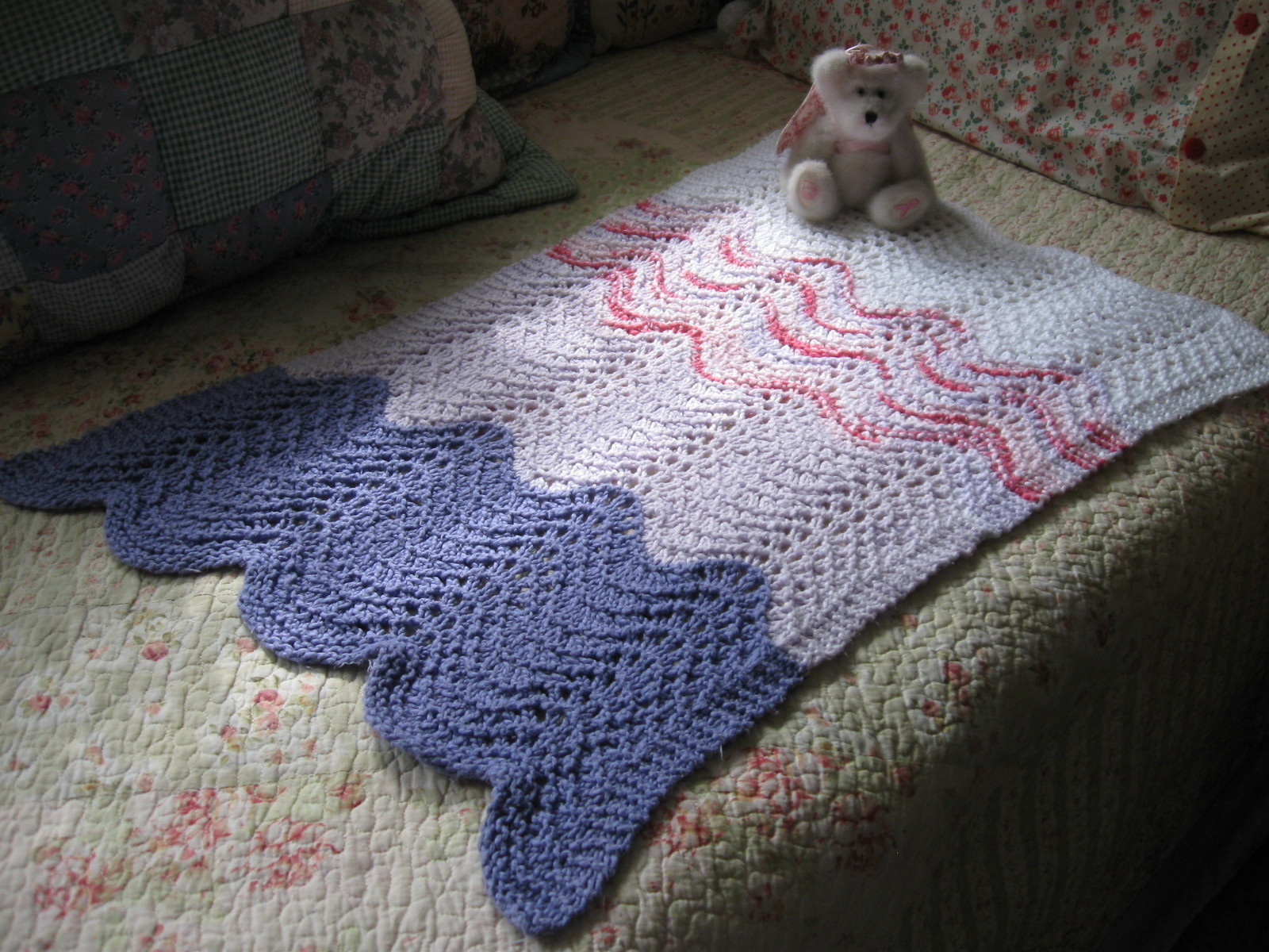 Baby Car Seat Blanket Free Pattern Feather And Fan Baby Car Seat Blanket How To Make A Baby