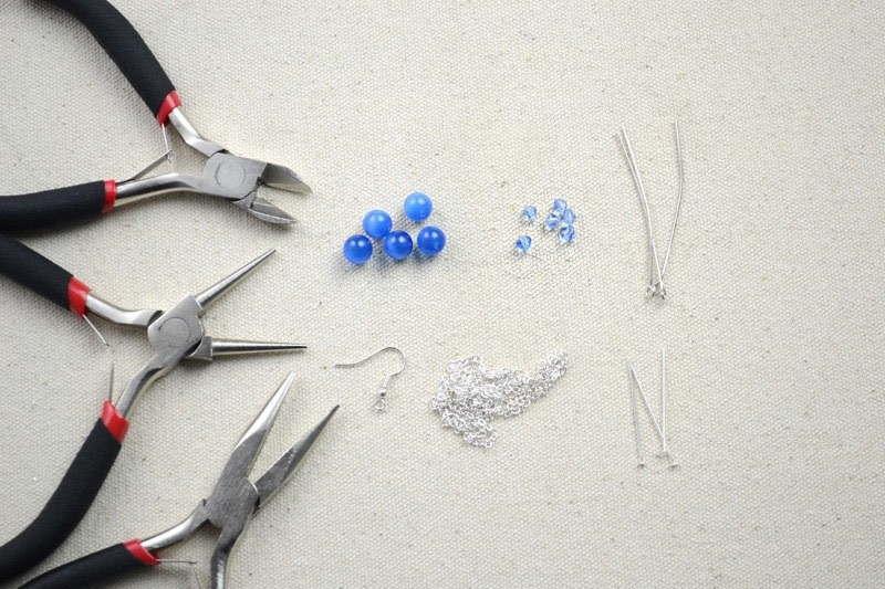 Sparkling diy earrings projects a pair of diy dangle