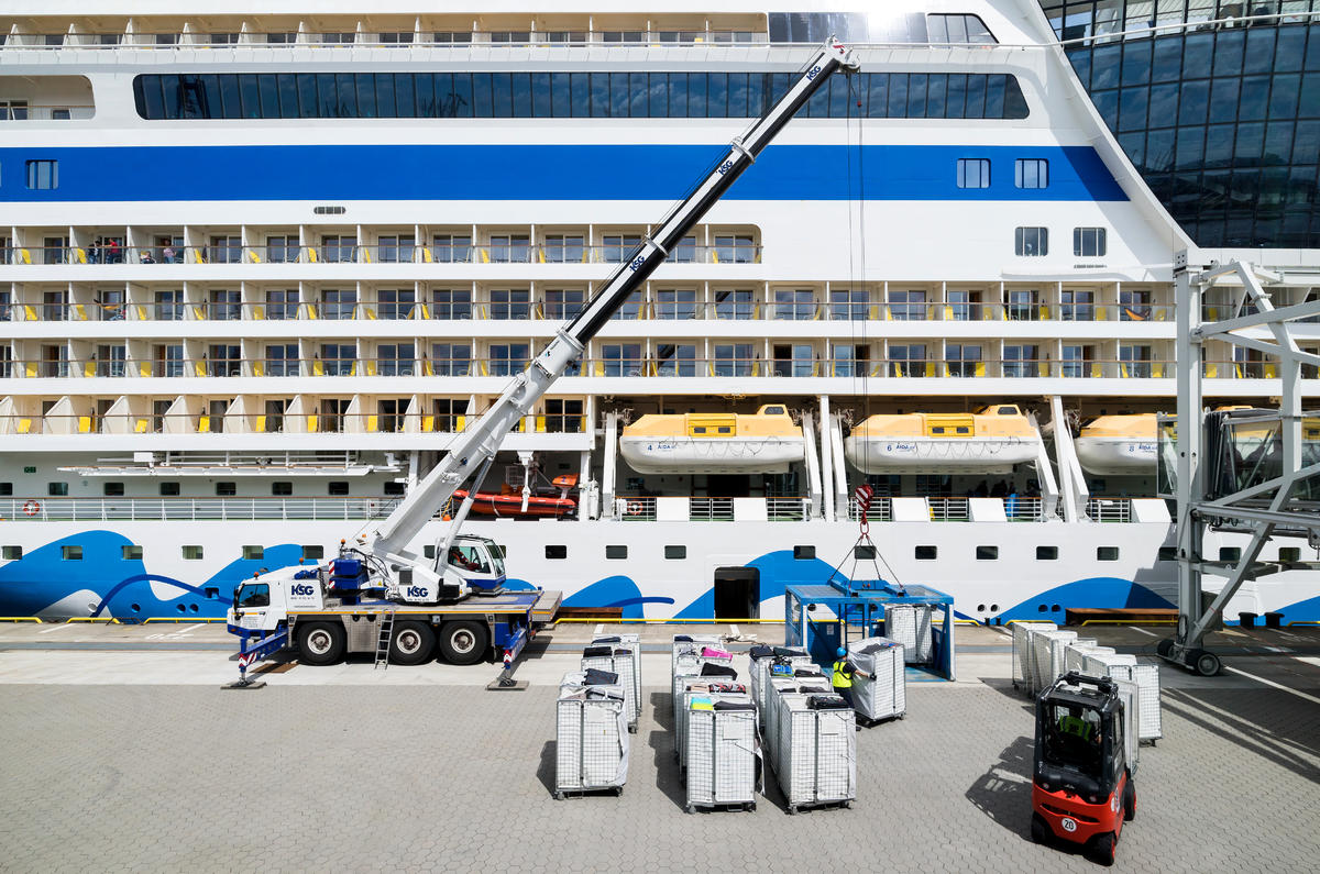 Campo Da Golf Palermo Shipping Luggage To Your Cruise Is A Valet Service For You
