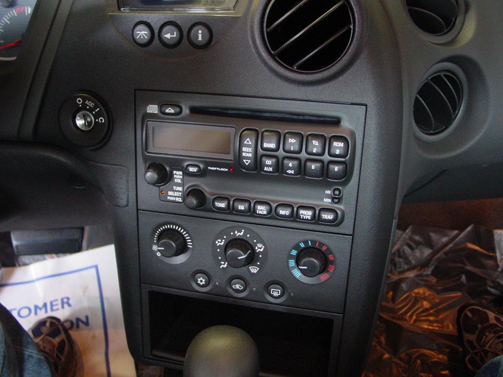 2004-2008 Pontiac Grand Prix Car Audio Profile