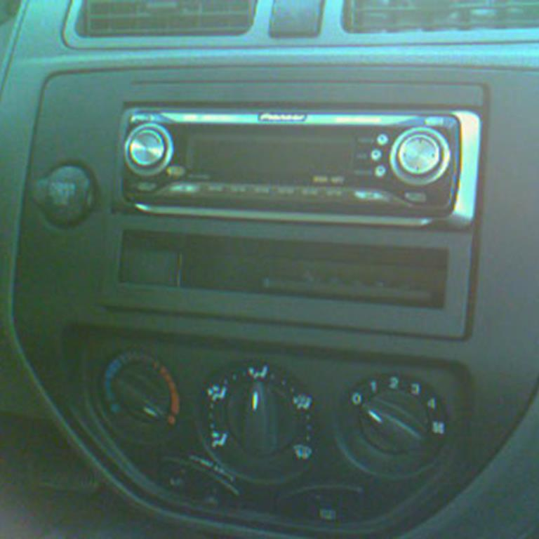 Ford Focus Audio \u2013 Radio, Speaker, Subwoofer, Stereo