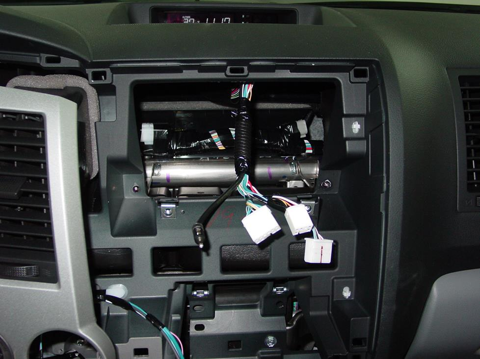 2007-2013 Toyota Tundra Double Cab Car Audio Profile