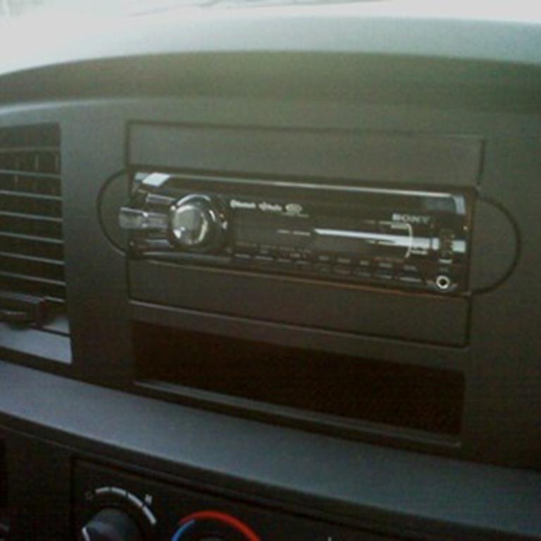 1997 dodge caravan audio system radio and antenna