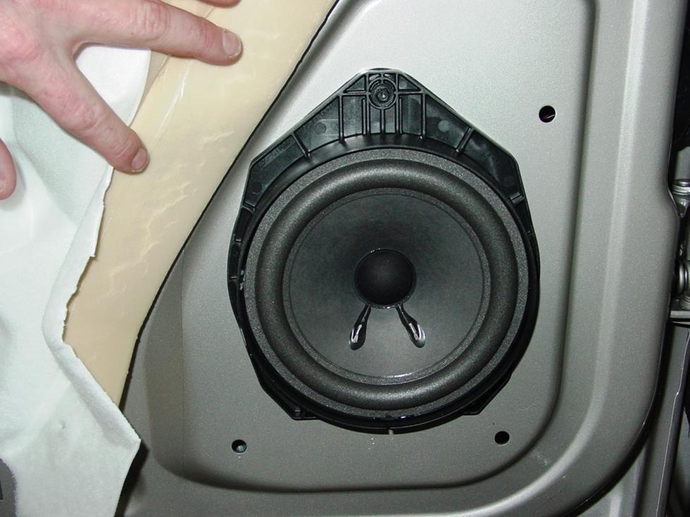 2004 chevrolet avalanche wiring plug door