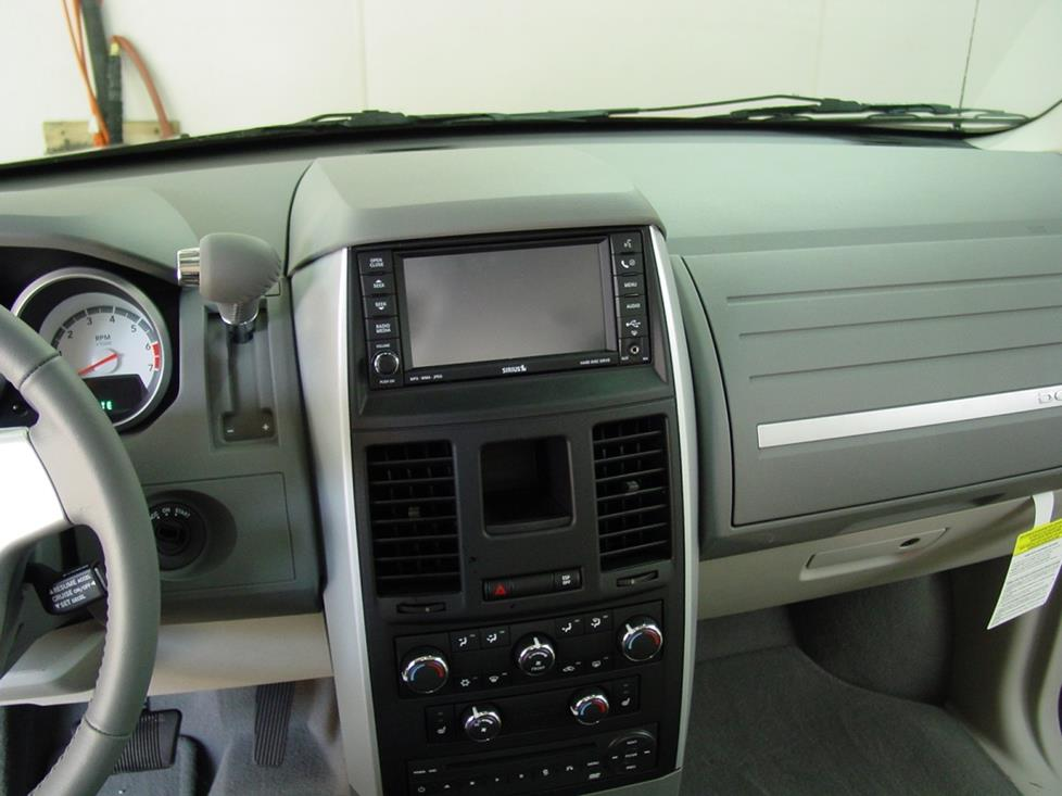 2008-2018 Dodge Grand Caravan Car Audio Profile