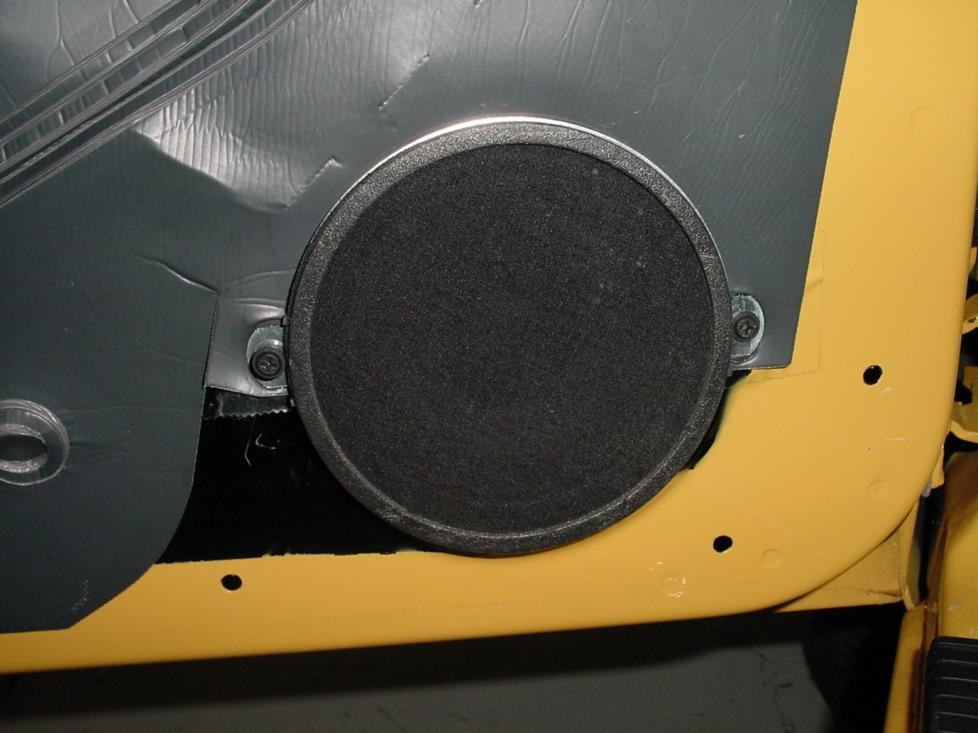 1997-2001 Jeep Cherokee Car Audio Profile