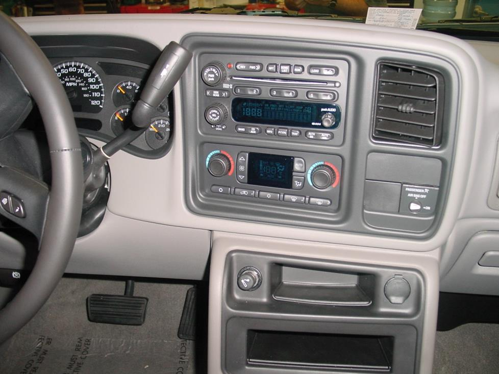2003-2007 Chevrolet Silverado and GMC Sierra Extended Cab Car Stereo