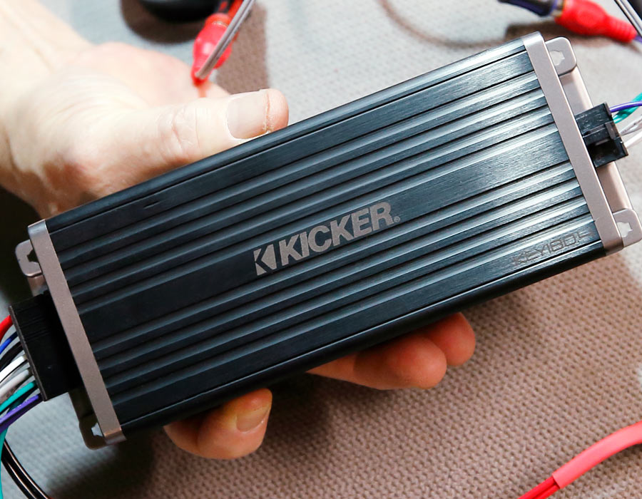 Review of the Kicker KEY1804 Compact Amplifier