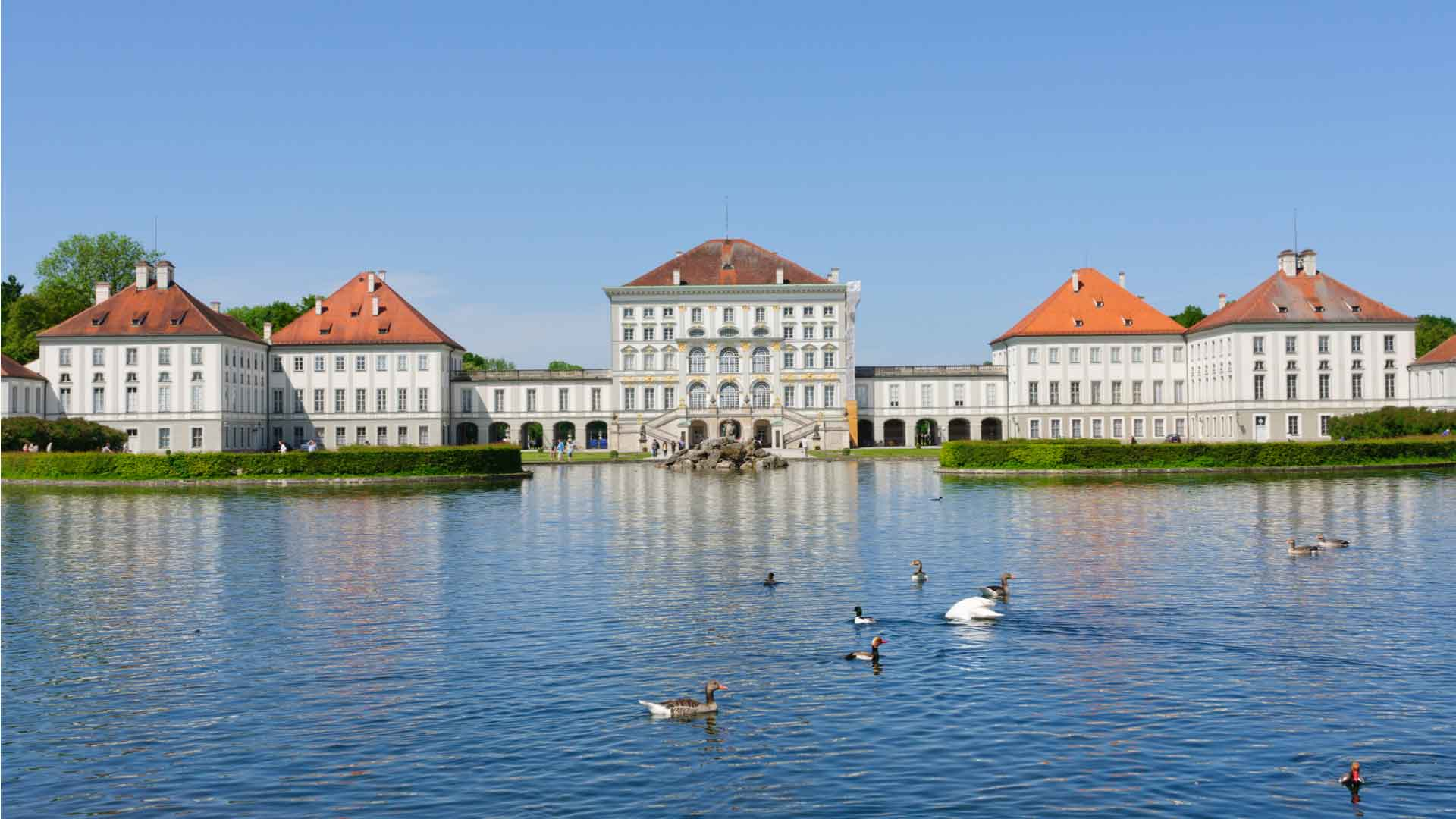 Cash Pool Flughafen München Eastern Europe Coach Tour Tours From Munich Expat Explore