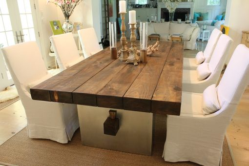 Europalette Als Tisch Custom Barn Wood Dining Table By J.r Signature Creations