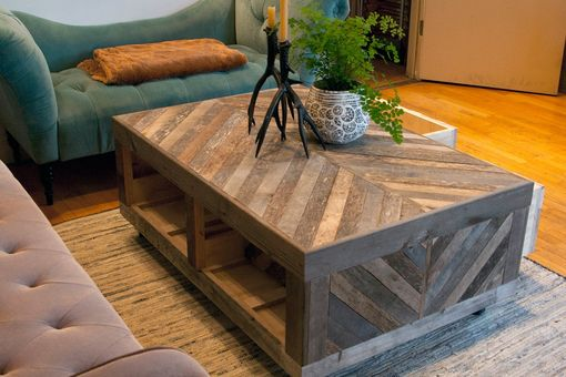 Couchtisch Industrial Style Hand Crafted Rustic Reclaimed & Sustainably Harvested Wood