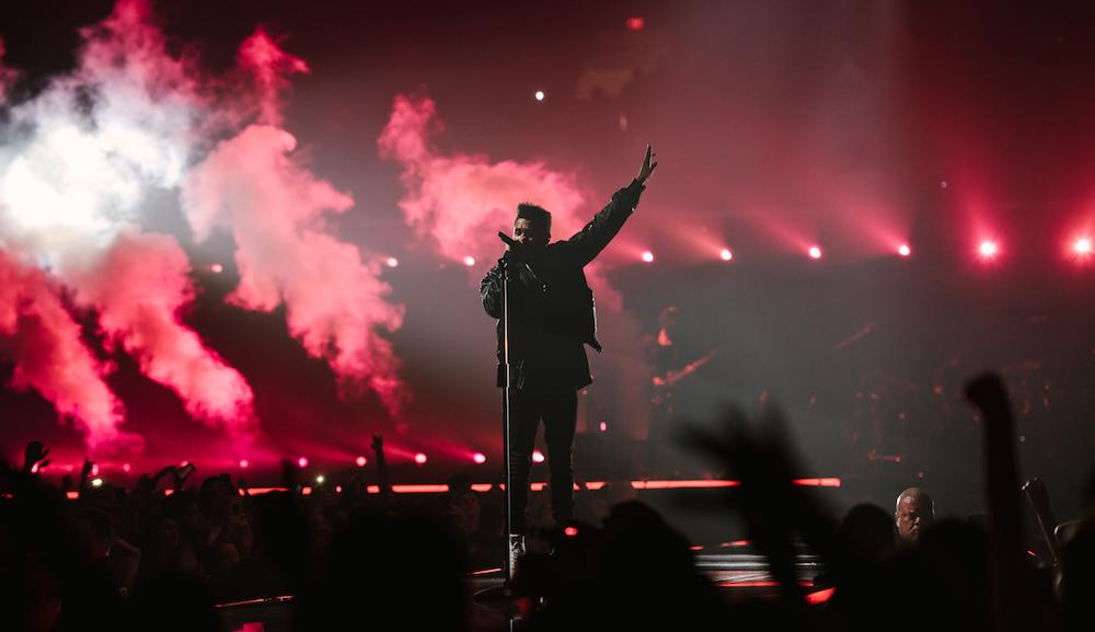 Legend Of The Fall Tour Wallpaper The Weeknd Proves He S A Starboy With Out Of This World